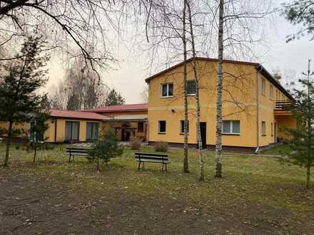 DEUTSCHMANN IMMOBILIEN ***** ivd - Etabliertes Landhotel mit Kanalzugang in Ruhlsdorf!