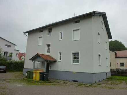 Studentenapartement 1 Zimmer incl.Küchenzeile, Duschbad