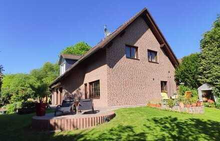 Traumlage in Bergisch Gladbach, Nußbaum EFH mit 3 Terrassen