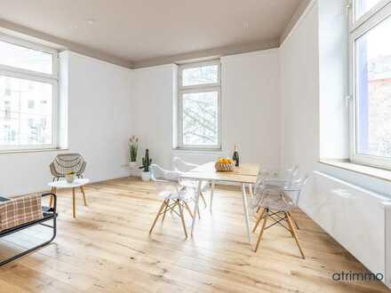 Provisionsfrei! Lichtdurchflutete & luxussanierte Open-Space-Wohnung im Herzen von D-Friedrichstadt!