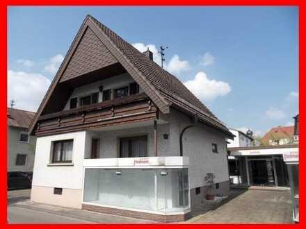 Wohnhaus mit Gewerbemöglichkeit (Verkauf/Dienstleistung)