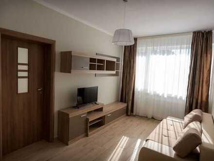 Modernisierte 2-Raum-Wohnung mit Balkon und Einbauküche in Böblingen