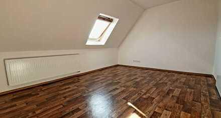 Helle, moderne Wohnung für den gehobenen Anspruch über den Dächern von Ziltendorf