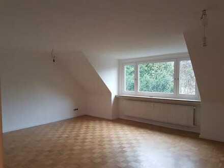 Modernisierte ruhig gelegene 4-Zimmer-Wohnung im schönen Hamburg Wellingsbüttel