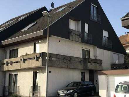 Großzügige Doppelhaushälfte mit 7 Zimmer in Sandhausen