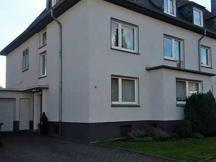 Gepflegte 2-Zimmer-DG-Wohnung mit Einbauküche in Herne