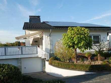 * Wohnen auf einer Ebene! Lichtdurchfluteter Wohntraum in Braunfels-Bonbaden *