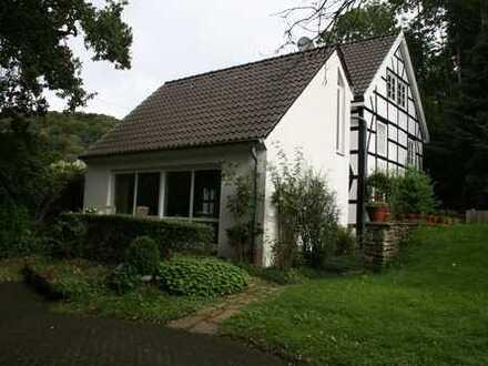 Modern Wohnen im Landschaftsschutzgebiet Elfringhauser Schweiz -von Privat-