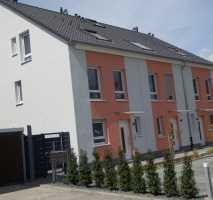 Schönes, geräumiges Haus mit fünf Zimmern im Grünen