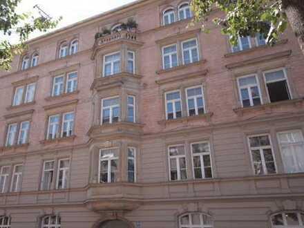 Herrliche, ruhige und helle 4-Zimmer-Altbau-Whg. in der Liebigstrasse / Lehel