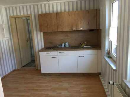 Renovierte 2-Zimmer-Wohnung auf einem ehemaligen Bauernhof im Landkreis