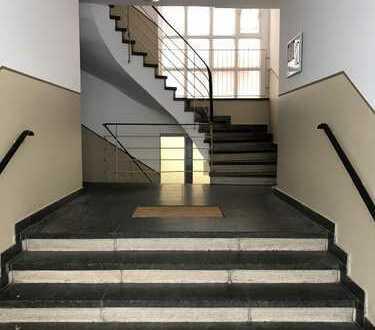 Gepflegte 2-Zimmer-Wohnung mit Balkon und Einbauküche in Mannheim