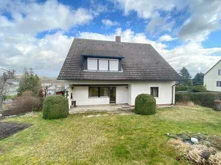 Großes Zweifamilienhaus mit Ausbaupotenzial im beliebten Stadtteil Aichig!