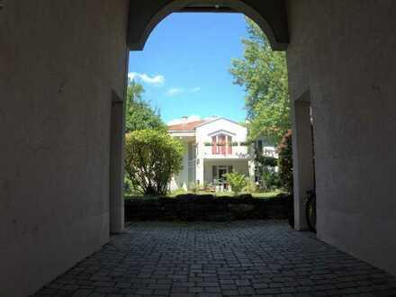 Exklusive und repräsentative Villa in Pleidelsheim