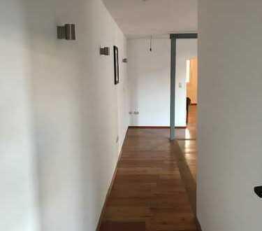 Schöne 2-Zimmer-Altbauwohnung mit EBK in Mannheim