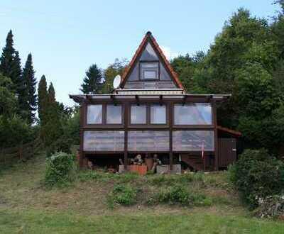 Gepflegtes 3-Zimmer-Einfamilienhaus mit spektakulärem Fernblick