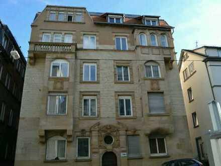 Modernisierte 3-Zimmer-Altbauwohnung im Heusteigviertel zur Untermiete