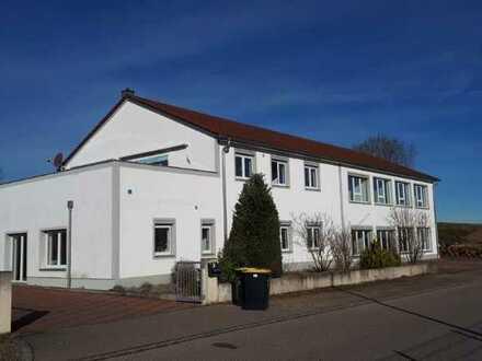 Gewerbefläche in Inchenhofen zu vermieten!