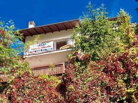 Gepflegtes Einfamilienhaus mit Gäste-Studio und traumhaftem Seeblick in sonniger Südlage