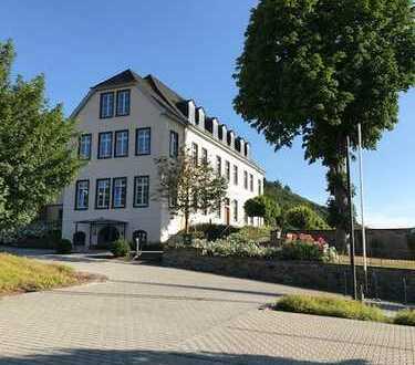 Repräsentative Büroräume in historischem Gebäude in Waldbreitbach