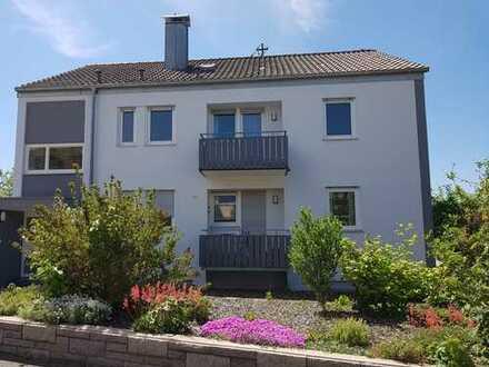 Ausbaufähige 2-Zimmer-Dachgeschosswohnung mit Blick in Traumlage