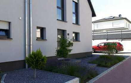 Schön wohnen! Moderne 137m2-DHH mit EBK in Lehre/Flechtorf nahe Wob