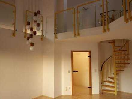 Umfassend renovierte große Maisonette-Wohnung mit 22m² Südterrasse+ 2 Lodgias in Bad Münster a.Stein