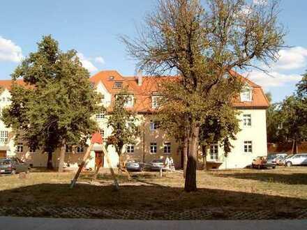 Trachau - Sehr schöne Zwei-Zimmer-Wohnung im EG mit Stellplatz und Gartennutzung