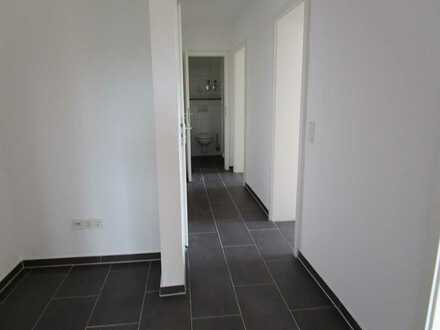 4 Zimmer-Wohnung / Erstbezug nach Sanierung