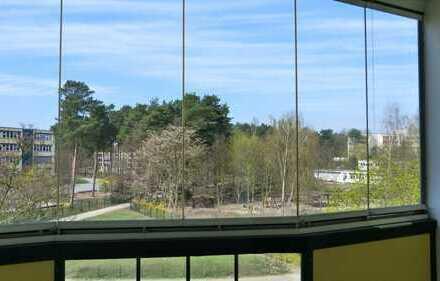 moderne ETW mit Balkon/Loggia - Weitblick unverbaubar
