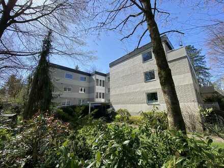Lichtdurchflutetes 3-Zimmer-Penthouse im Herzen von Poppenbüttel mit Schwimmbad und Sauna
