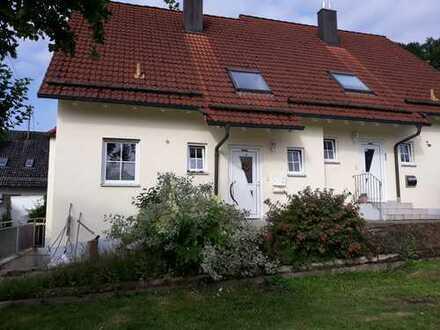 Schöne Doppelhaushälfte in ruhiger Lage, Sulzbach (Kreis Aichach)