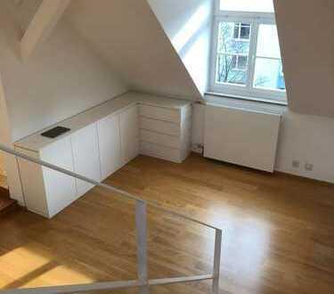3.600 €, 140 m², 4 Zimmer, Maisonette im Baudenkmal mit Dachterrasse
