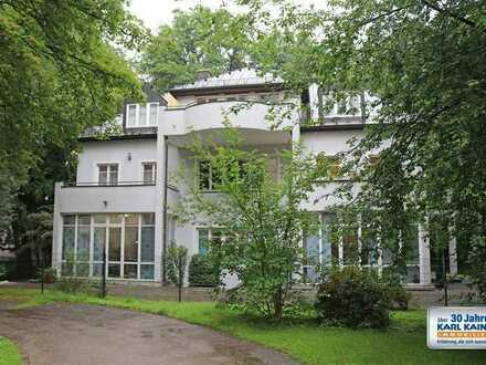 KAINZ-IMMO.DE - 4 Zi.-Dachterrassen-Wohnung zur Miete in der Kustermannvilla in München