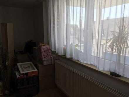 Untermieter für 2 Zimmer + Bad + Balkon in EFH in Oedheim
