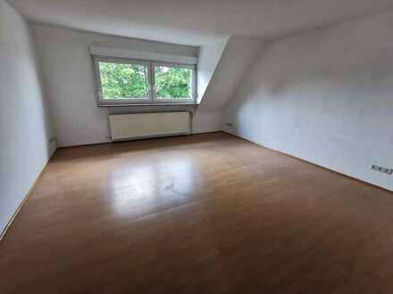 KL - Lämmchesberg, 4 ZKB, Maisonette-Whg., Einbauküche, Gäste-WC, Tageslichtbad, WG-geeignet