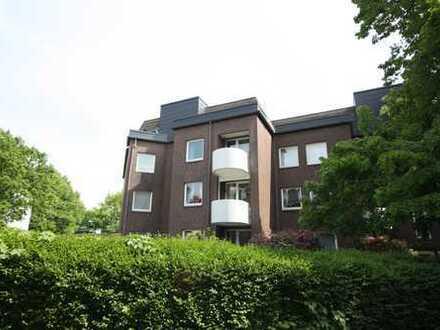 modernisierte 2 - Zimmer-Eigentumswohnung mit Tiefgaragenstellplatz in Hamburg-Tonndorf