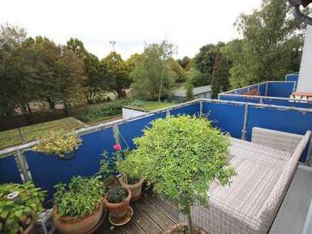 Neuwertig... mit großem Terrassen-Balkon!
