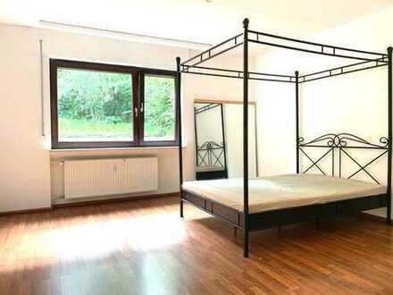 2,5-Zimmer Wohnung inkl. Einbauküche und Garten