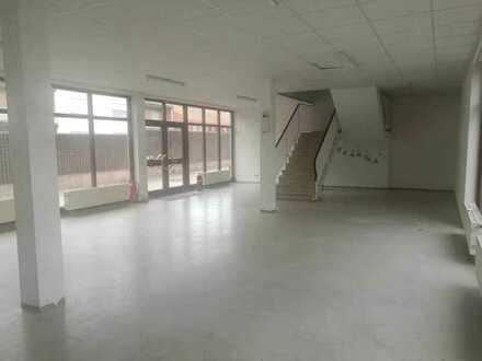 Geschäftsräume (Laden/Büro/Bar) 350m² in Grafenwöhr