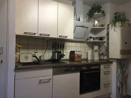390 €, 60 m², 2 Zimmer