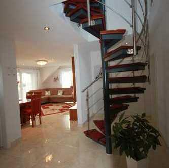 4 Zimmer Mais.-Wohnung mit Balkon und Garage