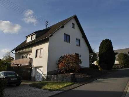 Wenden OT Hünsborn, solides, geräumiges Wohnhaus ( 2 WE ) in ruhiger Sonnenlage