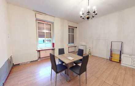 Renovierungsbedürftige 3 Zimmer-Altbauwohnung in angesagter Schöneberger Lage
