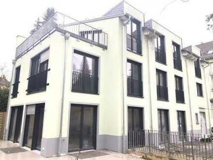Neubau ! Einfamilienhaus 6 Zimmer, Garten, 3 Parkplätze, 3 Bäder, 4 Wc's, sehr hell und modern