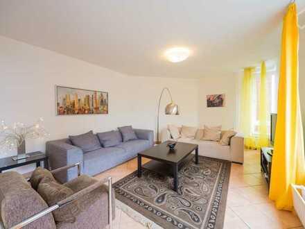 Modernisierte 2-Zimmer-Wohnung mit Balkon und EBK in Herrenberg