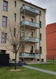 hochwertige 4-Raum-Wohnung mitten in Dessau Nord*1.OG*2 Bäder*Balkon*Fußbodenheizung*Stellplatz
