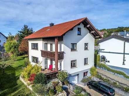 Usingen-Eschbach Ein- bis Zweifamilienhaus mit Traumgrundstück