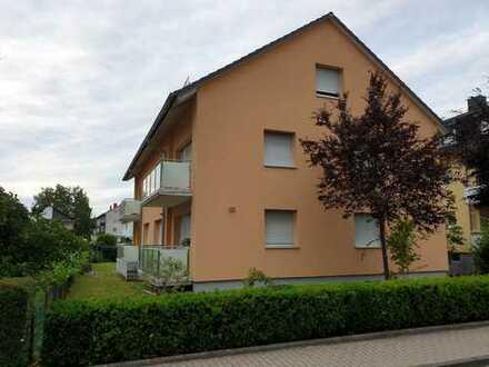 Sehr schöne und helle - 1 ZKB DG Wohnung inkl. Einbauküche und teilmöbliert in Bruchsal von Privat