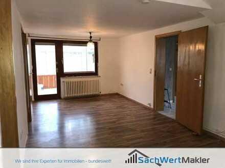 SachWertMakler - Frisch renovierte 3-Zimmer Wohnung mit Wintergarten